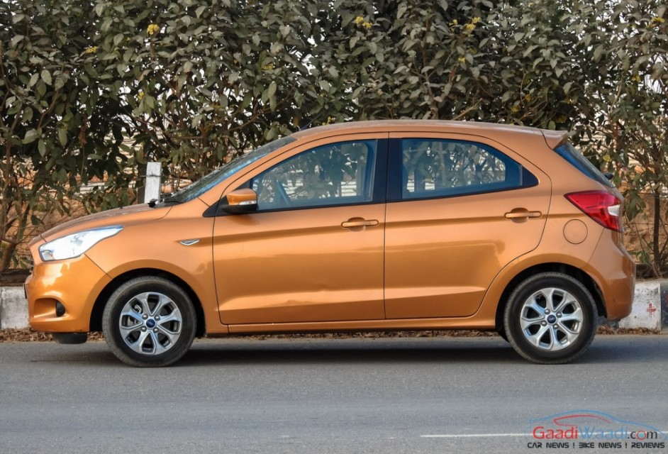 2015 ford figo hatchback side