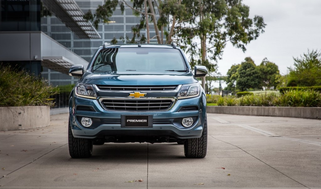 2016-Chevrolet-TrailBlazer-facelift-front-view