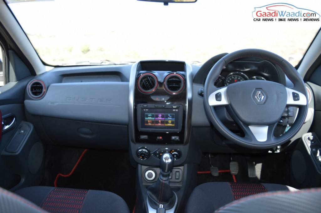 significant changes in new renault duster latest car news bikes news reviews. Black Bedroom Furniture Sets. Home Design Ideas