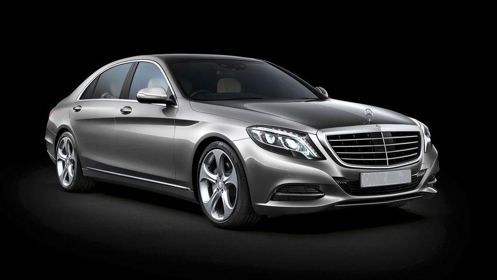 Mercedes Brenz S-CLass Sedan