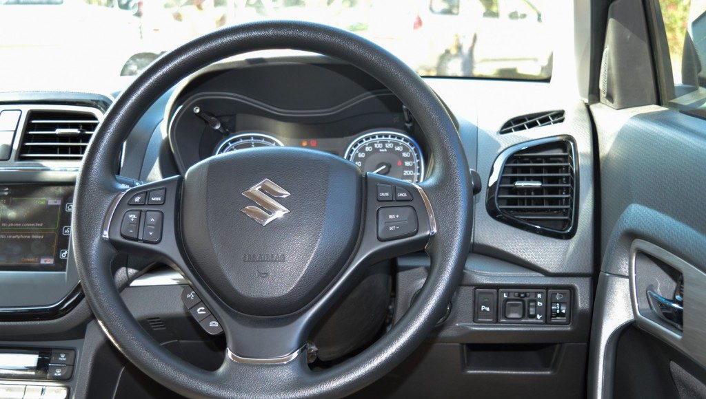 maruti suzuki vitara brezza steering wheel
