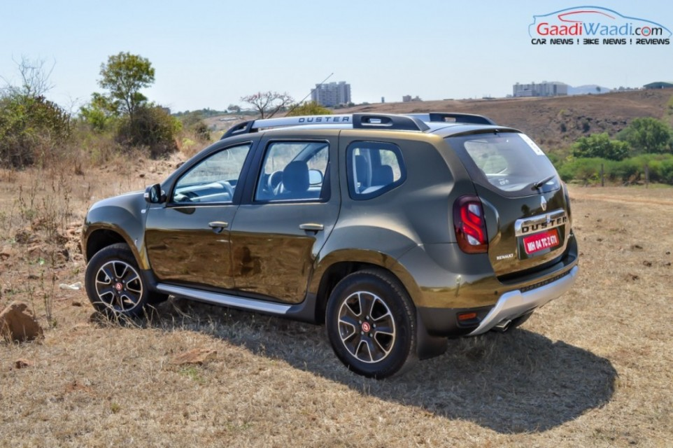 renault duster 2016 3rd quarter view