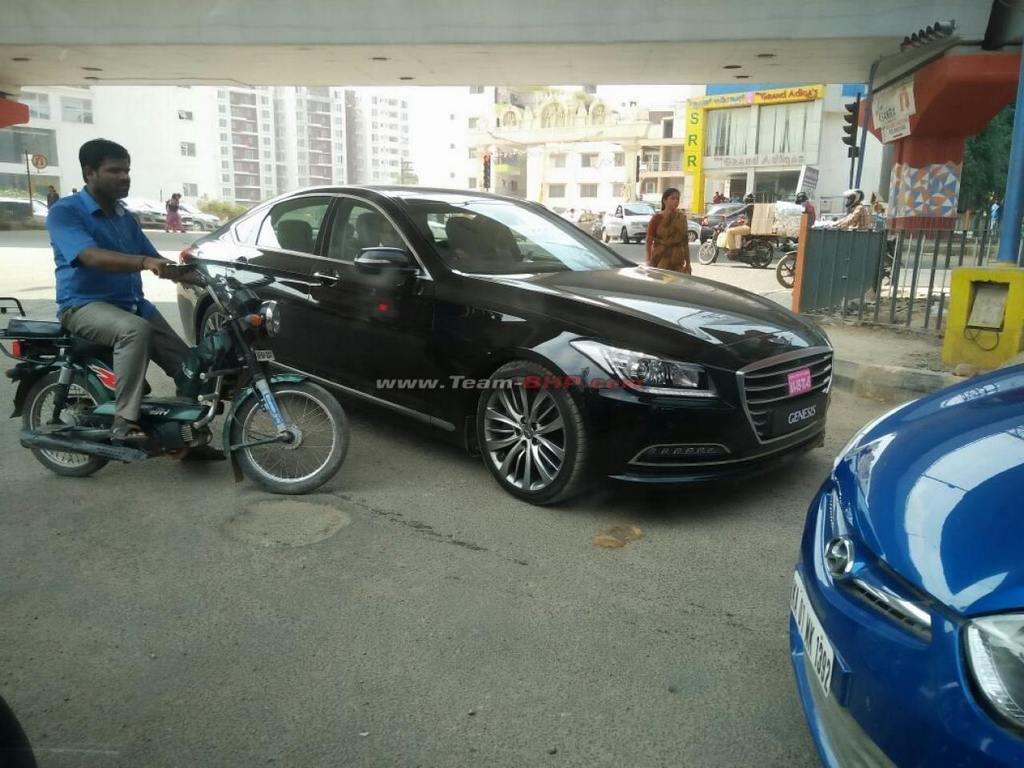 Hyundai Genesis Spotted Testing in India