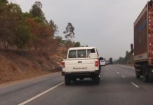 Mahindra-Scorpio-Getaway-facelift-spied-testing-on-road-rear-view.jpg