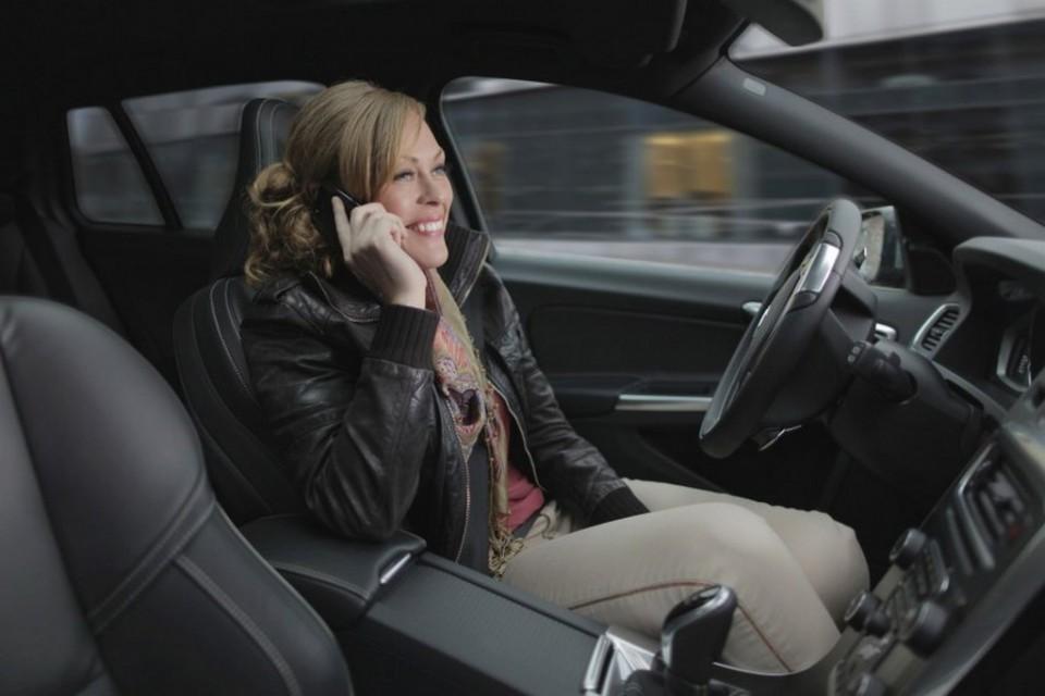 "Tesla's Autopilot An ""autonomous wannabe"" Says Volvo"