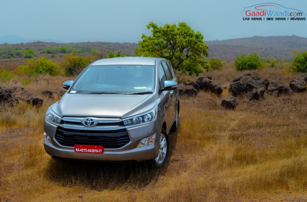 Toyota Innova Crysta wallpaper-7