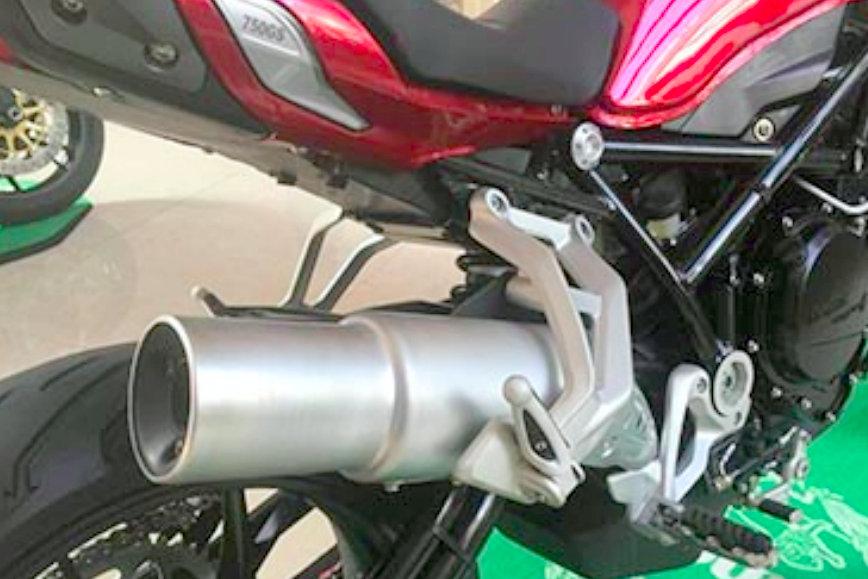 Benelli TNT750 Naked Sportsbike 1
