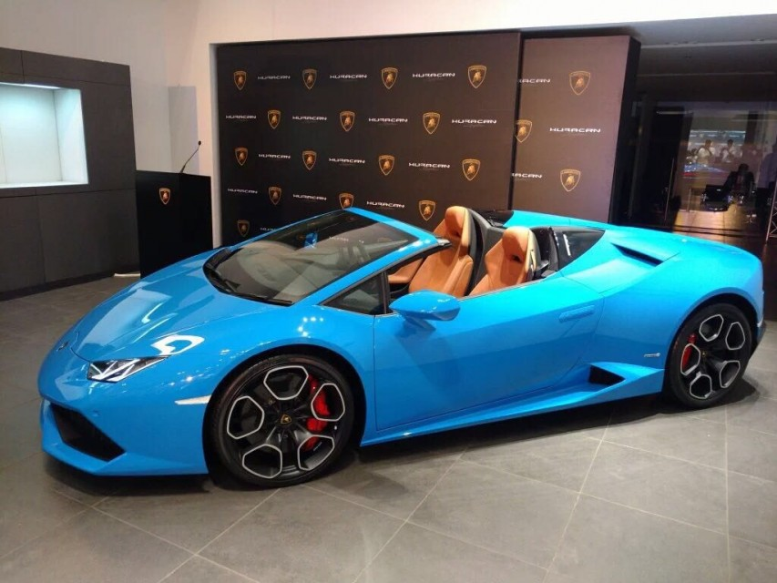 lamborghini huracan spyder lp 610 4 launched in india for. Black Bedroom Furniture Sets. Home Design Ideas