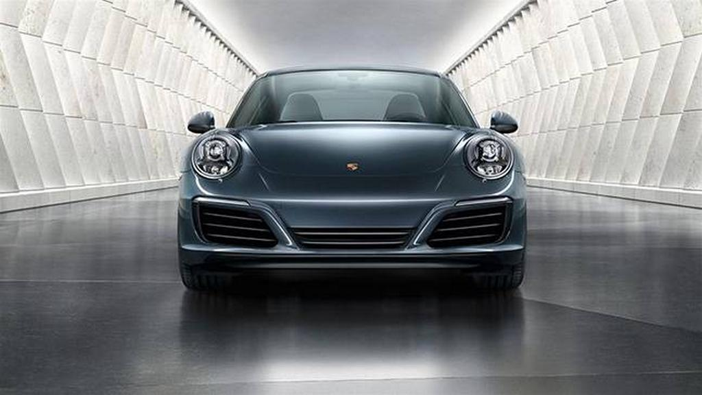 2017 Porsche 911 Series Launched in India 2