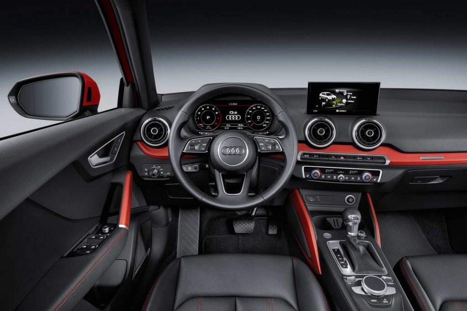 AUDI-Q2-interior
