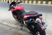 Bajaj Pulsar RS200 with Dual Underseat Exhaust 3