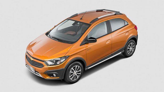 2017-Chevrolet-Onix-Activ-2.jpg
