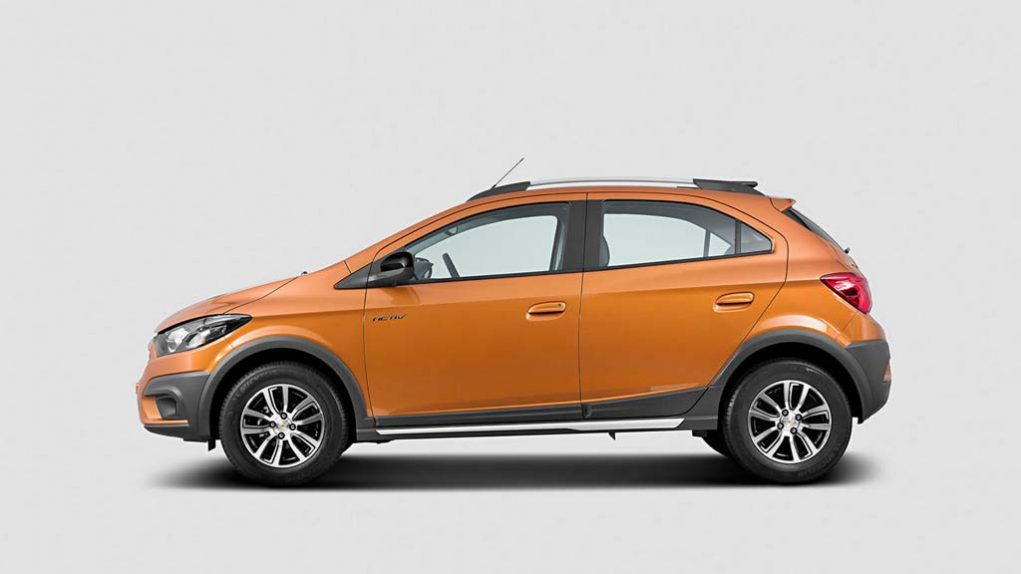 2017-Chevrolet-Onix-Activ-4.jpg