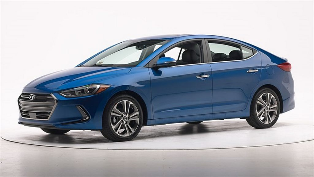 2016 hyundai elantra specs leaked it will be available in five