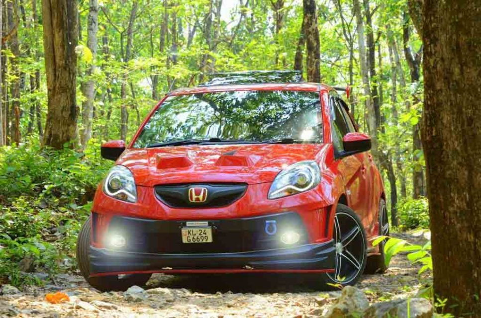 Honda Brio Red Lantern (2)