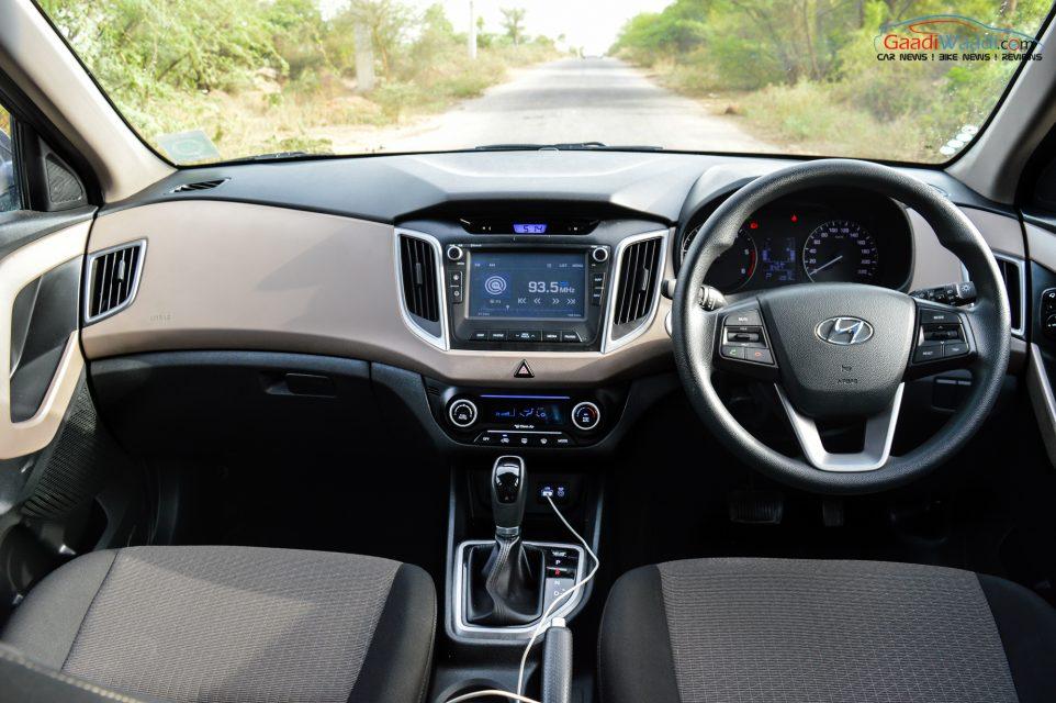 Hyundai creta petrol diesel at spec price mileage for Creta sx o interior