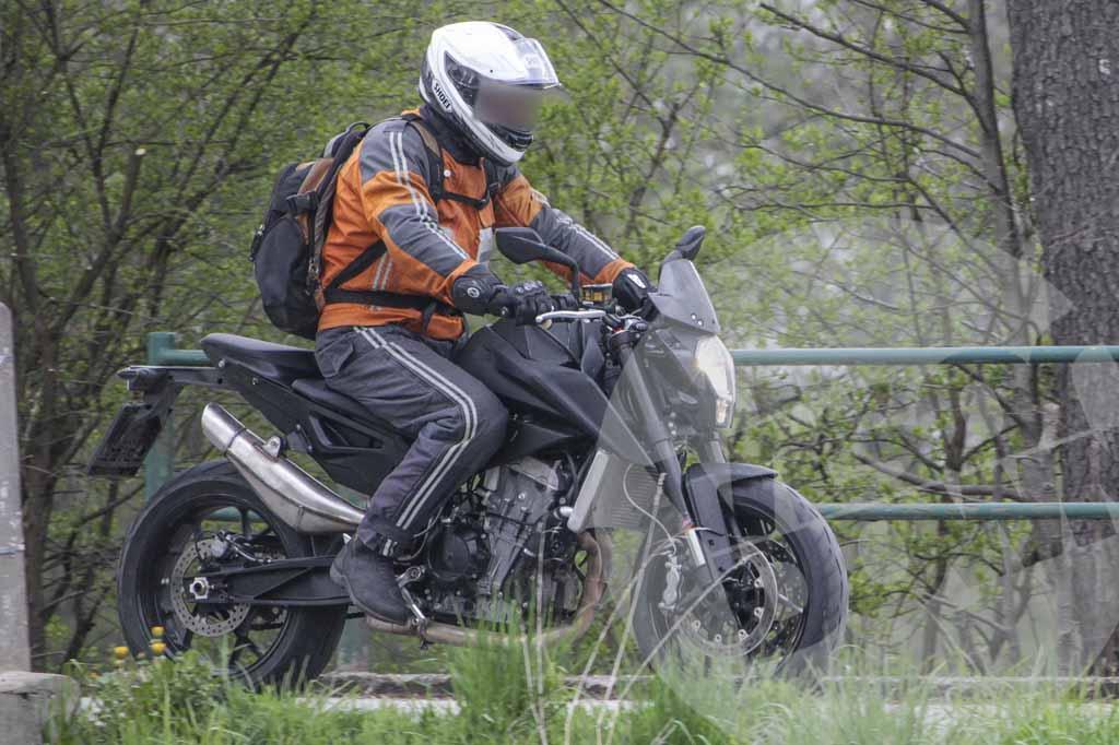 KTM-500cc-Twin-01.jpg