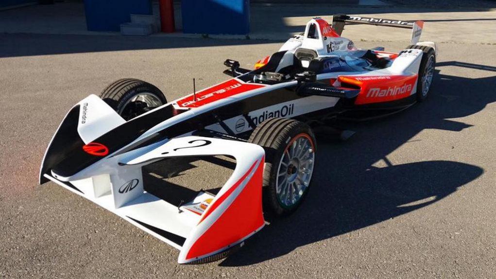 Mahindra Racing Formula E Season 3 Race car