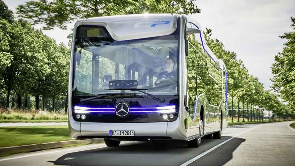 Mercedes-Future-Bus-4.jpg