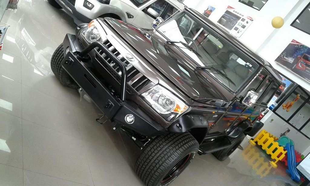 Modified Mahindra Bolero front