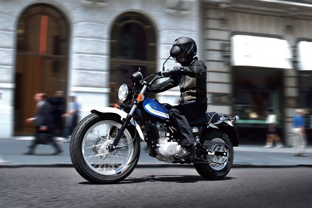 Suzuki-VanVan200-3.jpg
