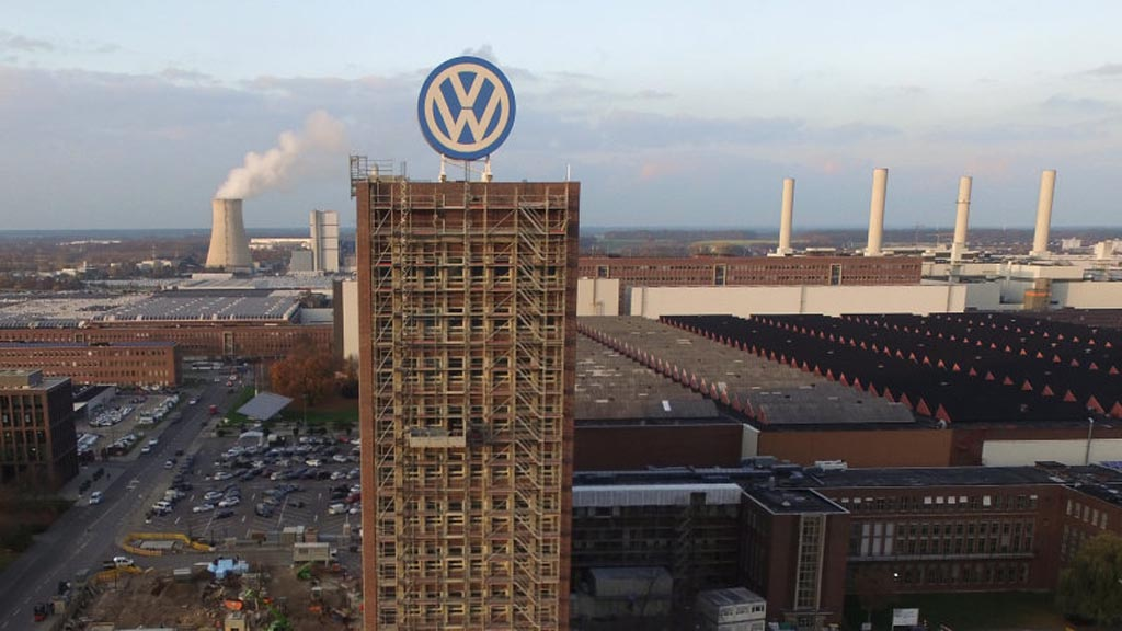 unexploded bomb from world war ii found at volkswagen hq. Black Bedroom Furniture Sets. Home Design Ideas