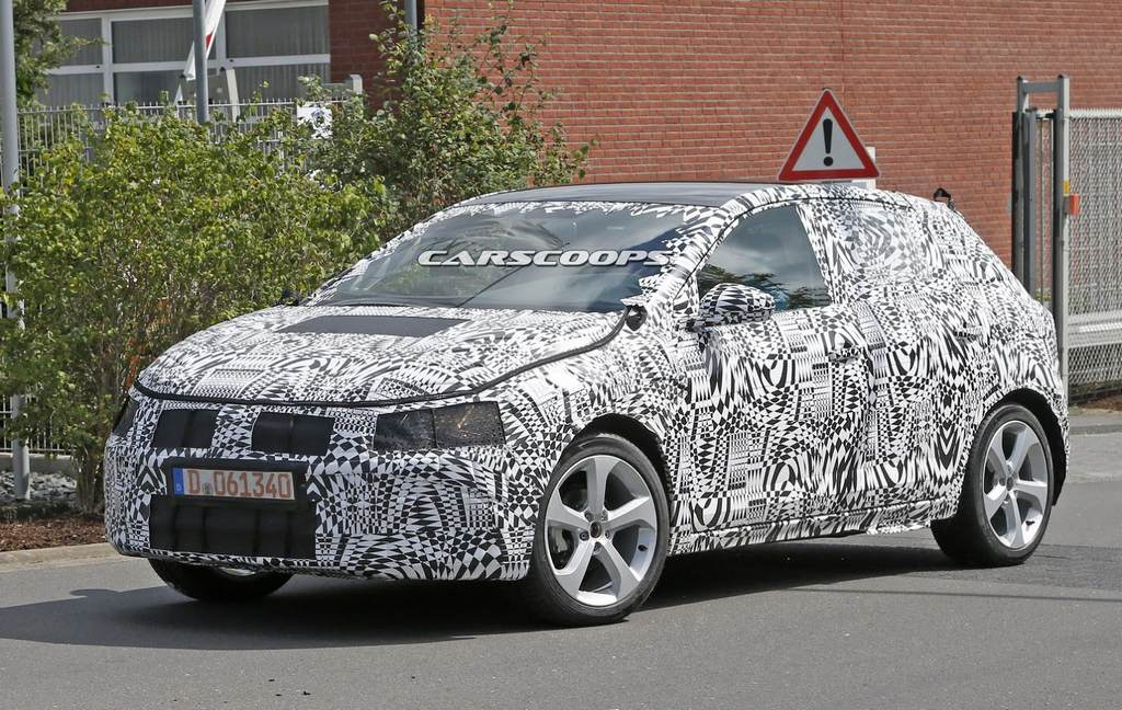 2017-VW-Polo-1