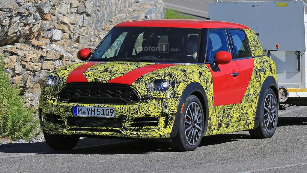 2018-mini-countryman-spied