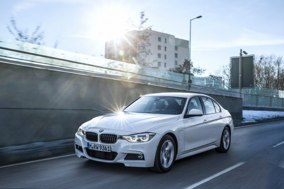 BMW 330e iPerformance Sport plug-in Hybrid