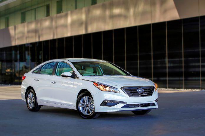 2016-Hyundai-Sonata-3.jpg