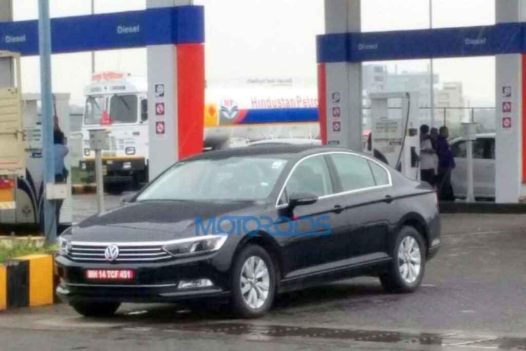 2016-Volkswagen-Passat.jpg