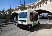 EZ10-Driverless-Minibus.jpg
