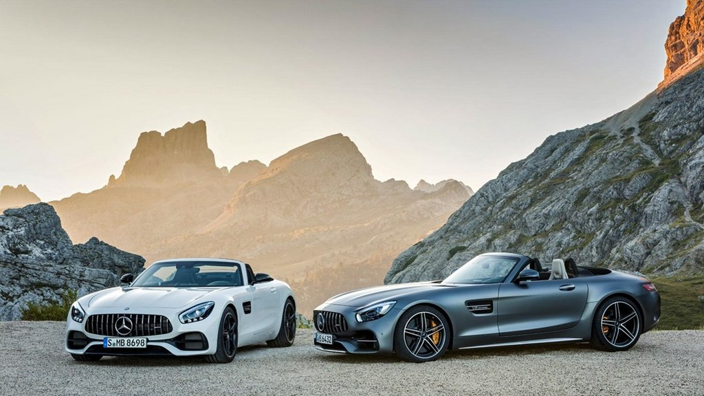 Mercedes-AMG GT Roadster and GT C Roadster 2
