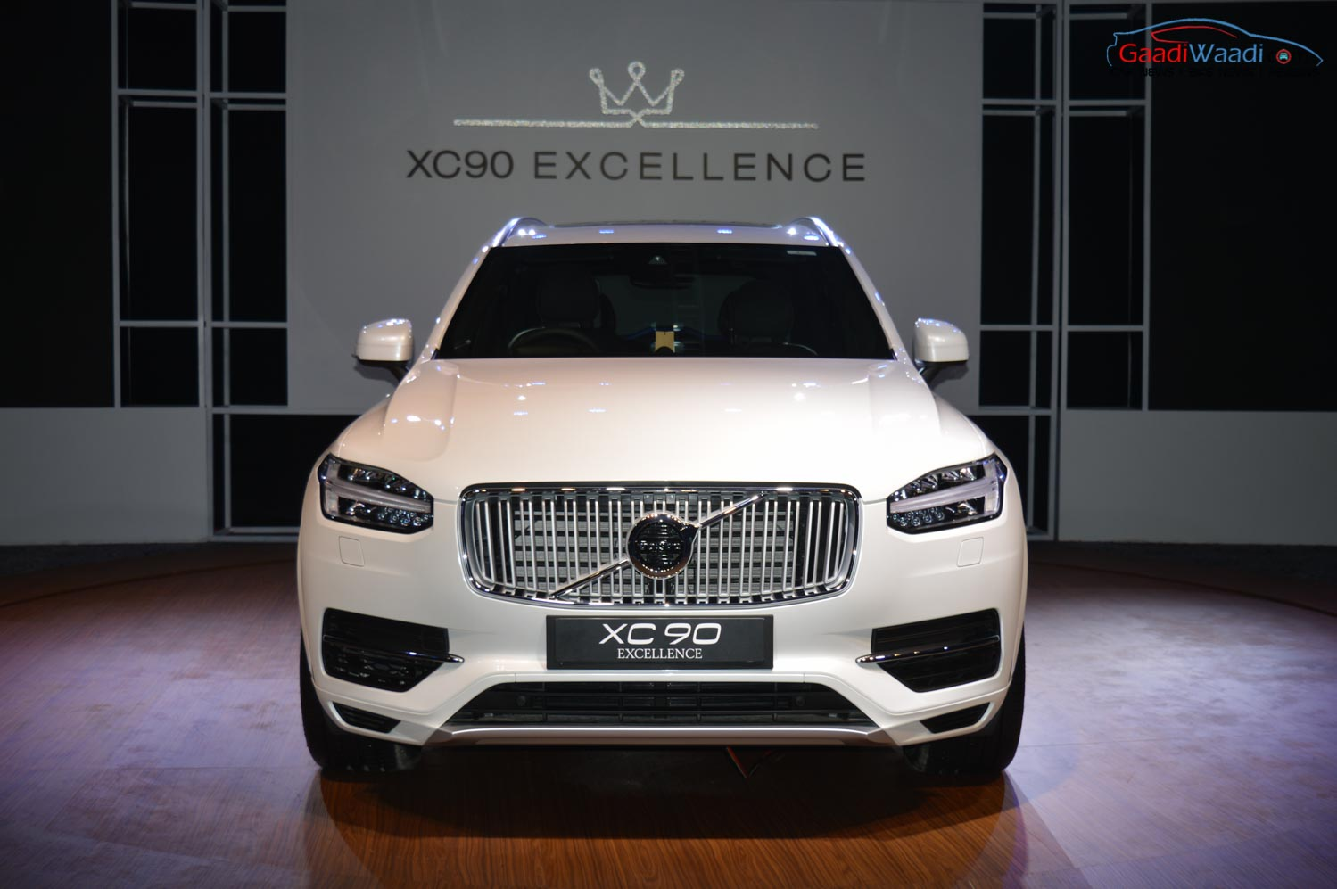 Volvo Xc90 Excellence T8 Plug In Hybrid Launched At Rs 1