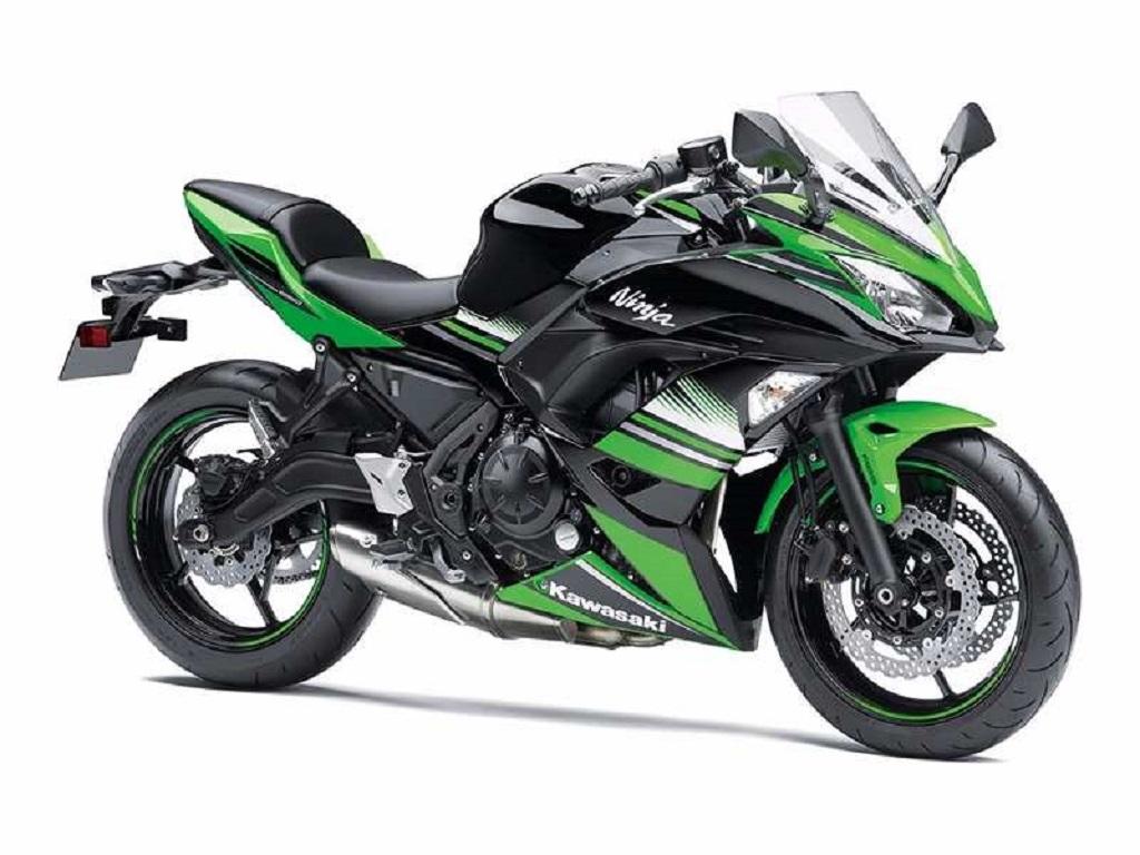 2017-Kawasaki-Ninja-650-India