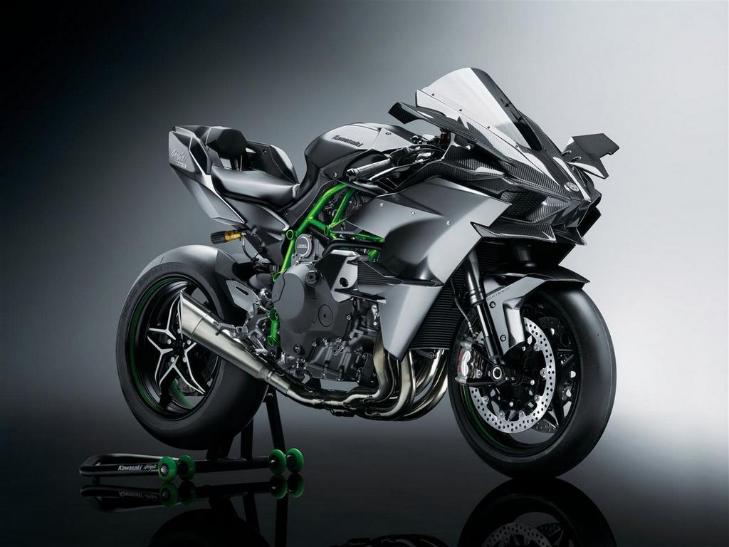 2017 Kawasaki Ninja H2 Series Launched In India Starting From Rs