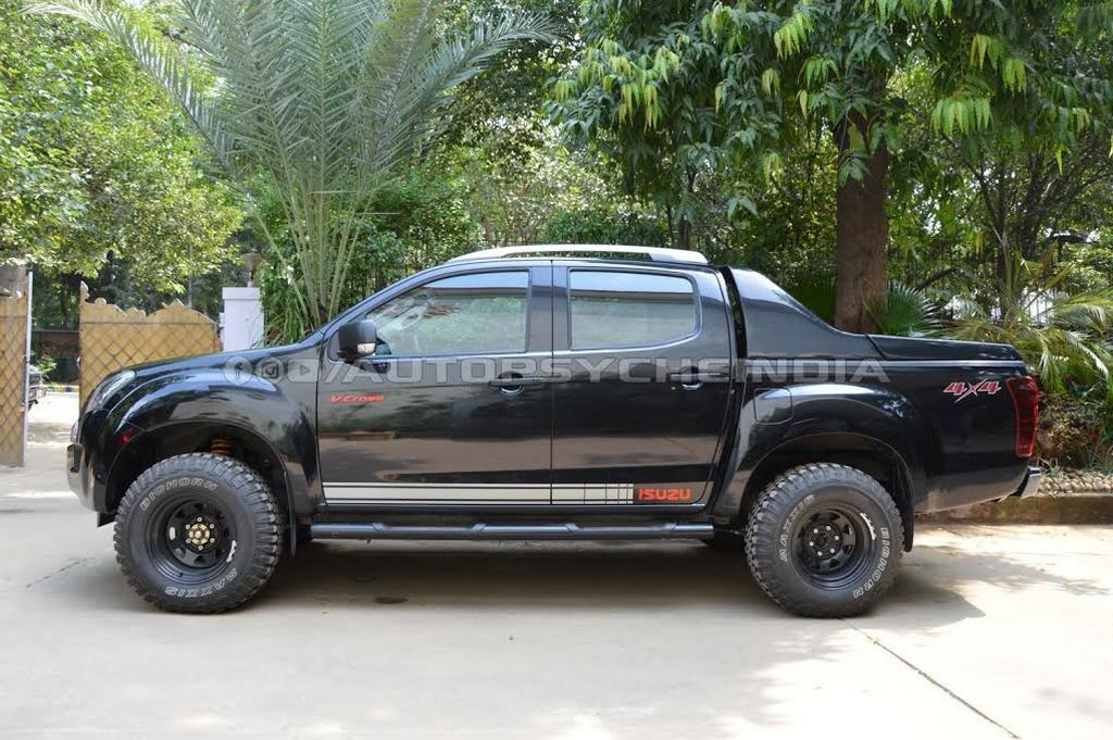 customised isuzu d max v cross will scare you instantly. Black Bedroom Furniture Sets. Home Design Ideas