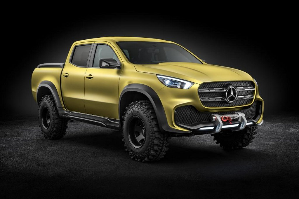Stylish mercedes benz x class pickup truck revealed for Roadside assistance mercedes benz phone number