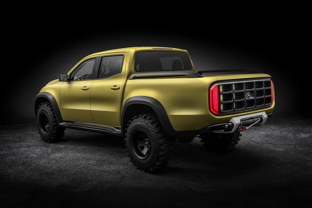 Stylish mercedes benz x class pickup truck revealed for Mercedes benz pickup