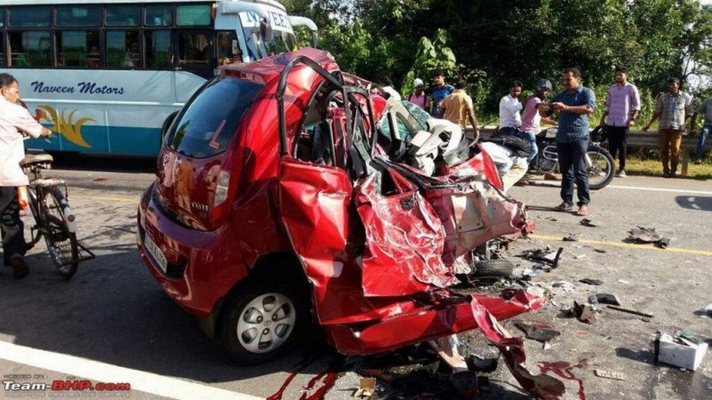 Tata Nano Accident With Loaded Truck Will Shock You