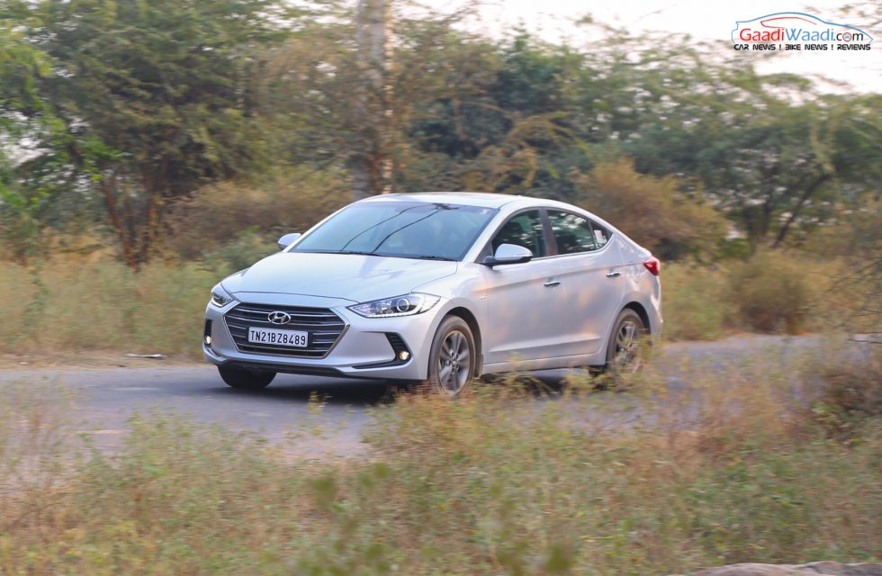 2016 Hyundai Elantra Review Road test-15