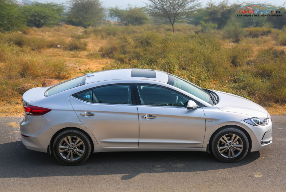 2016 Hyundai Elantra Review Road test-7
