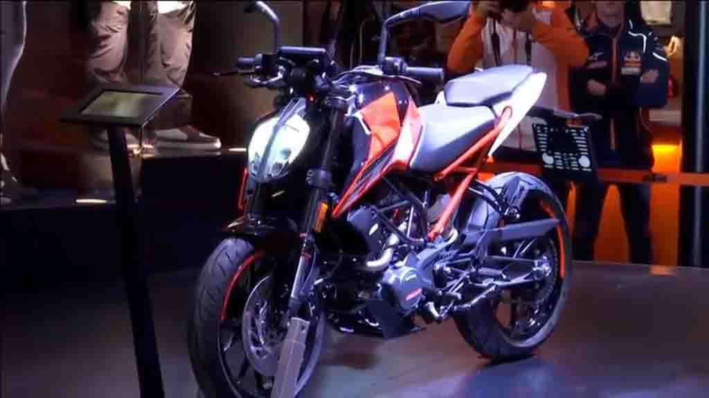 2017 Ktm Duke 125 Made Its World Debut At Eicma 2016