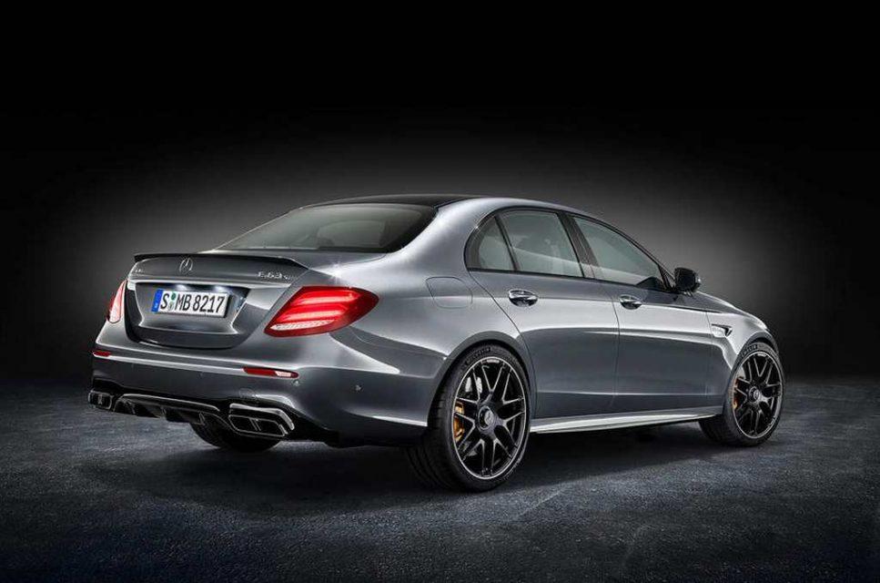 2017-Mercedes-AMG-E-63-1