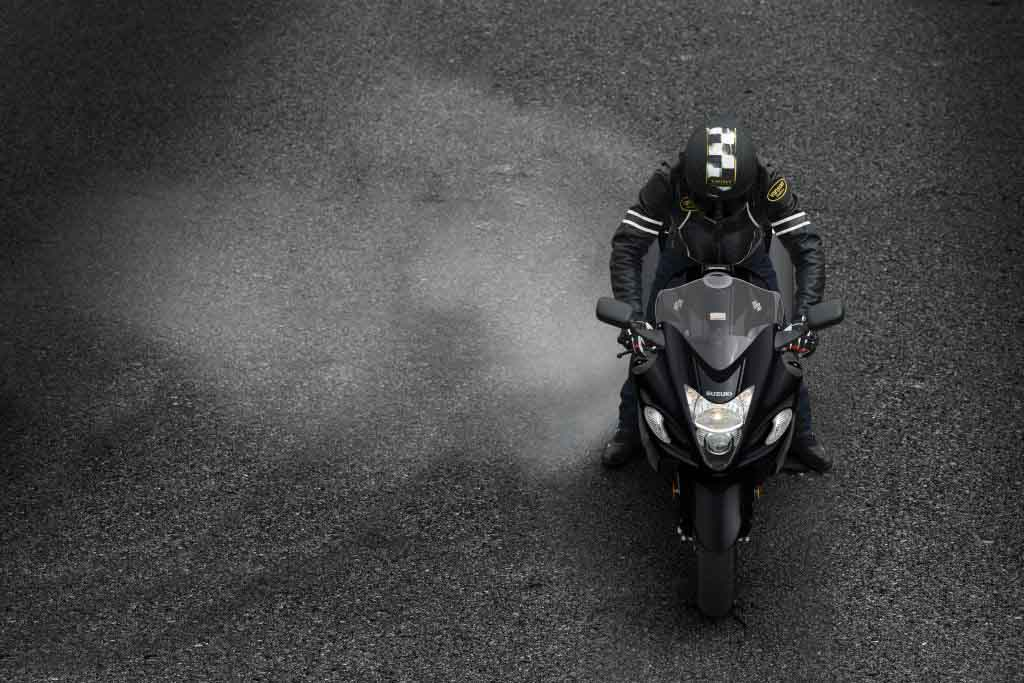 2018 suzuki hayabusa colors. plain suzuki the hayabusa has been designed with inspiration taken from the peregrine  falcon that happens to be one of fastest flying birds intended 2018 suzuki hayabusa colors