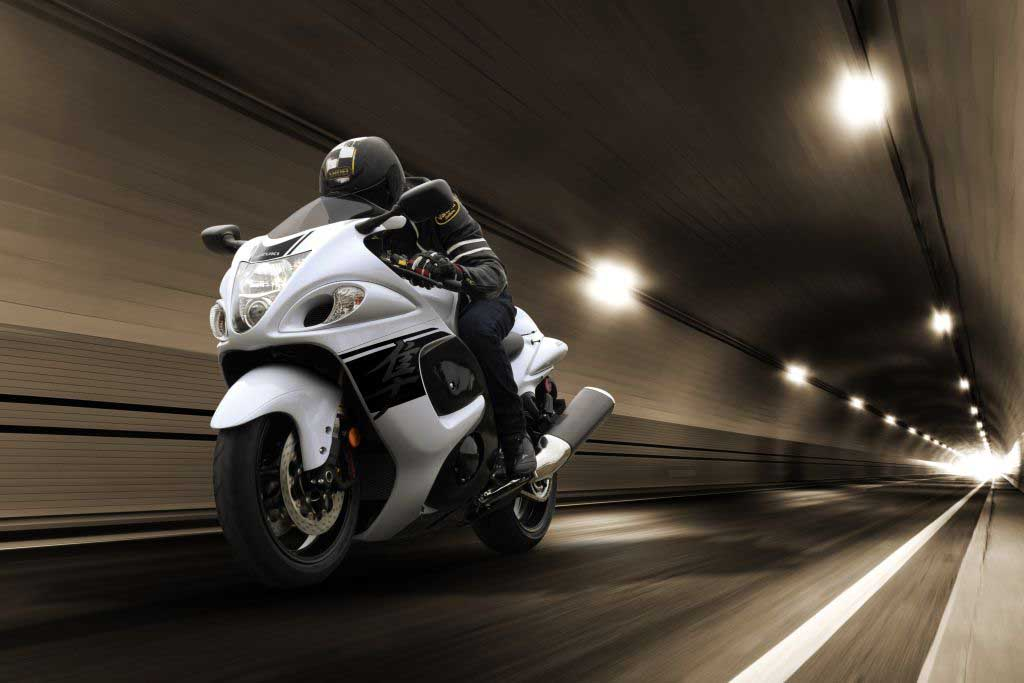 2019 Suzuki Hayabusa Launch, Price, Engine, Specs, Top Speed