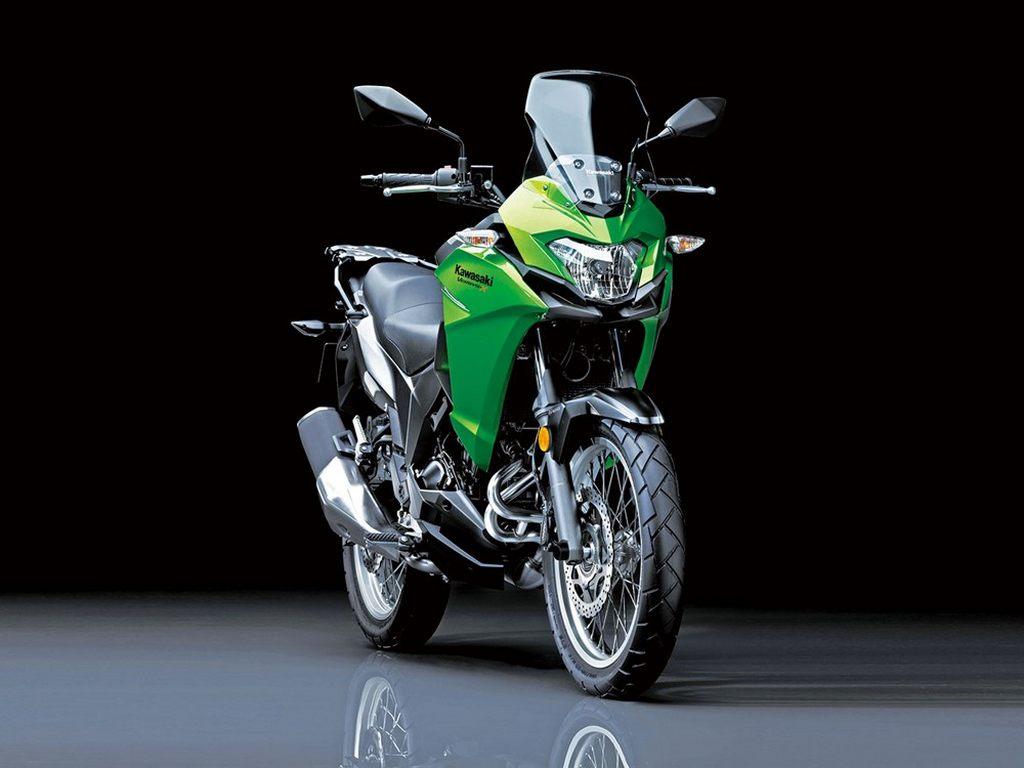 Kawasaki Versys-X 300 India 1