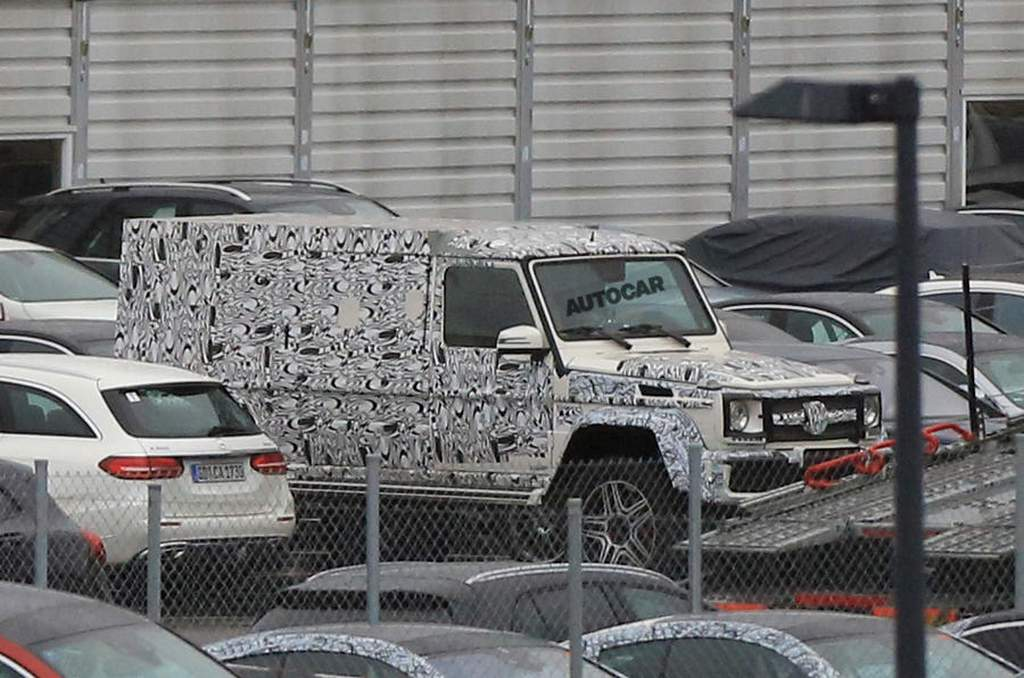 new mercedes g class 4x4 pickup spotted testing. Black Bedroom Furniture Sets. Home Design Ideas