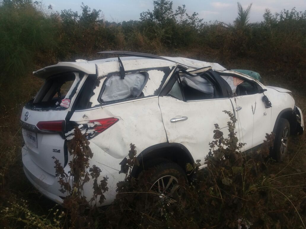 new 2016 toyota fortuner accident