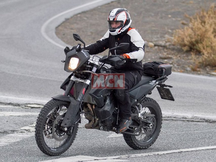 KTM 790 Adventure 3